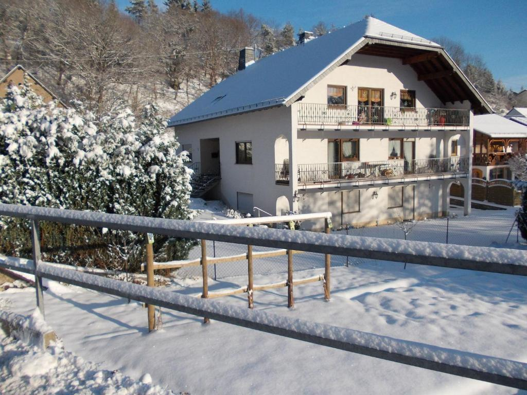 Hotels in der Nähe : Holiday Home Im Elzbachtal Lirstal