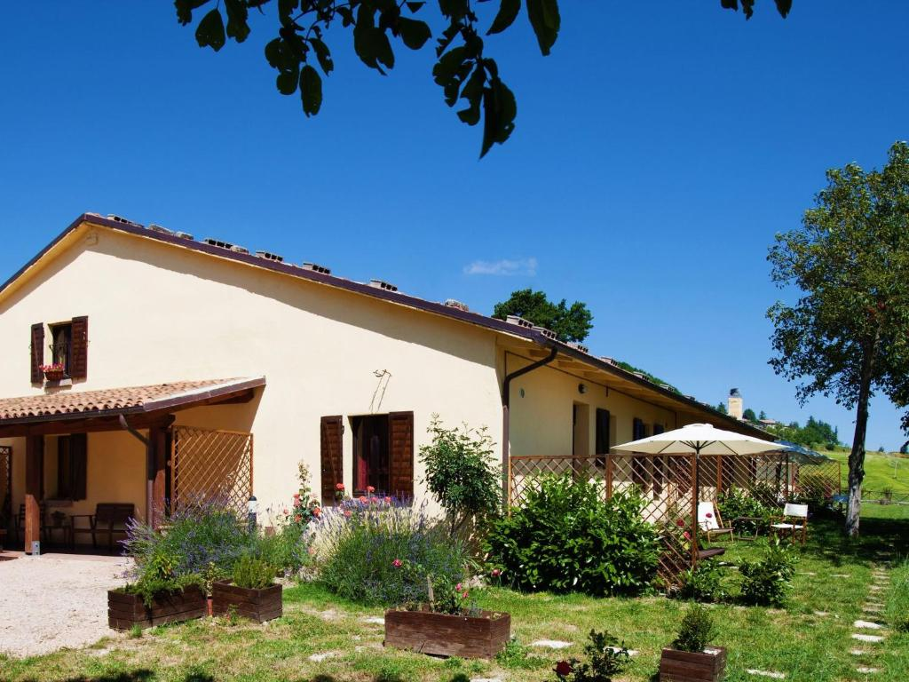 Nearby hotel : Holiday Home Salvo Cagli