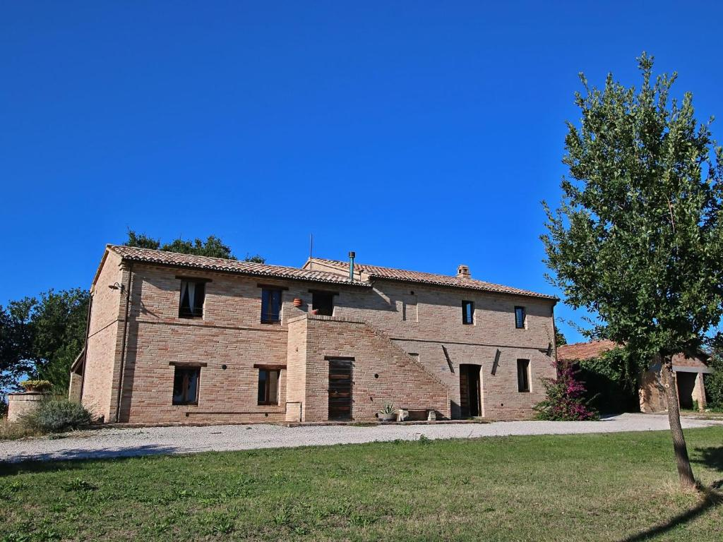 Nearby hotel : Holiday Home Le Piagge Appignano