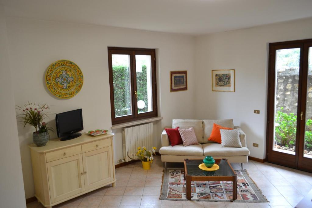 Bett Im Schlafzimmer Design Modern Italienisch Lecomfort , Ferienwohnung In Centro A Torri Del Benaco Italien Torri Del Benaco