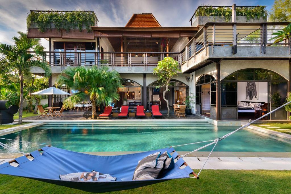 Villa Niconico Mansion Seminyak Indonesia Booking Com