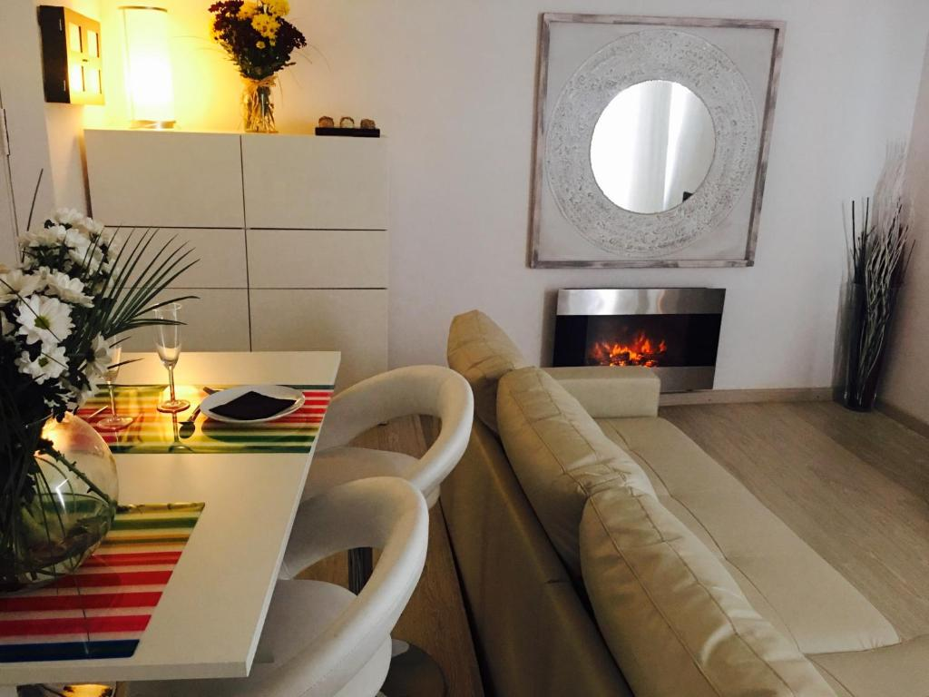 Panoramic Apartments Sitges Sitges Precios Actualizados 2018 # Muebles Serrano Castelldefels
