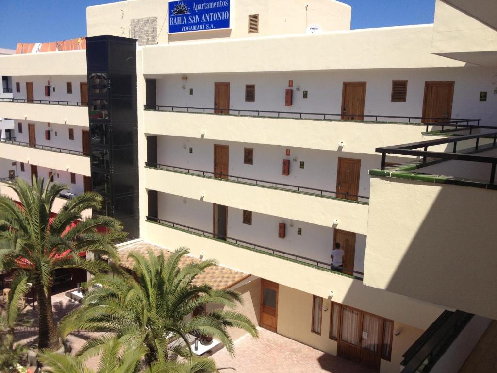 Imagen del Apartamentos Bahia De San Antonio