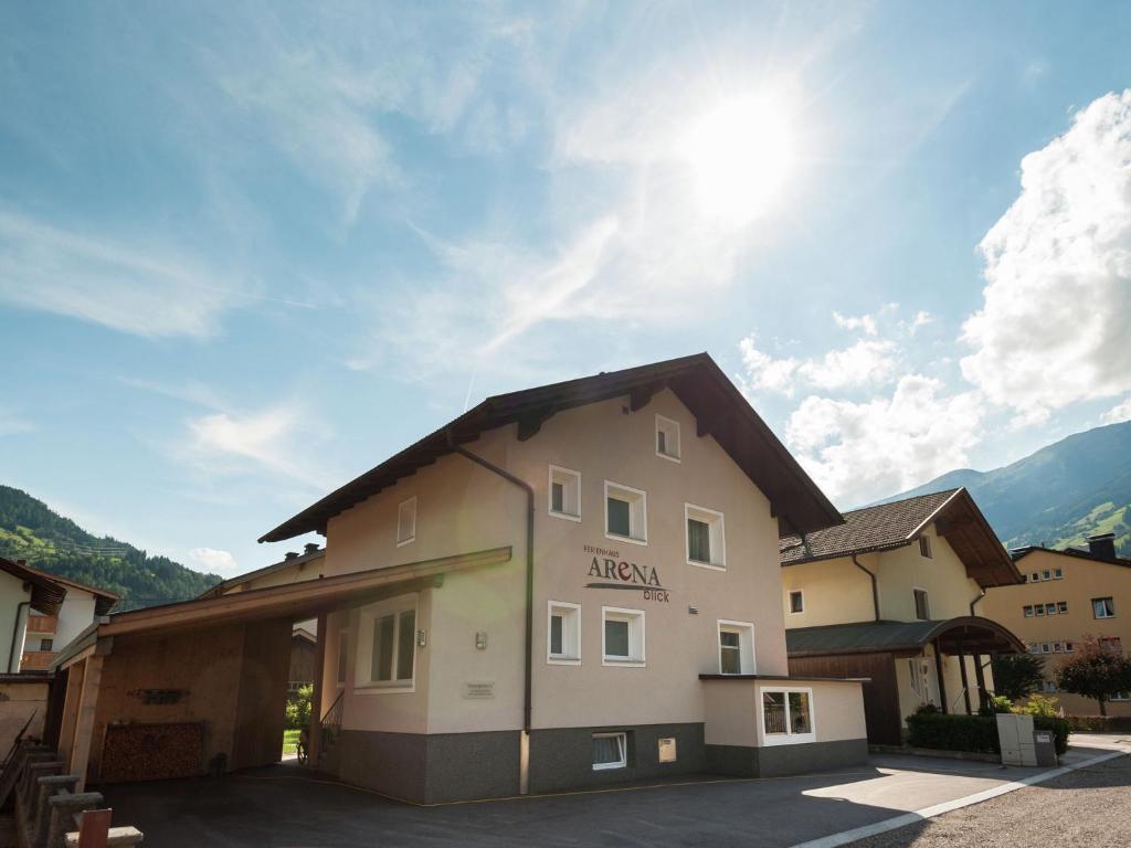 Hotels in der Nähe : Arenablick