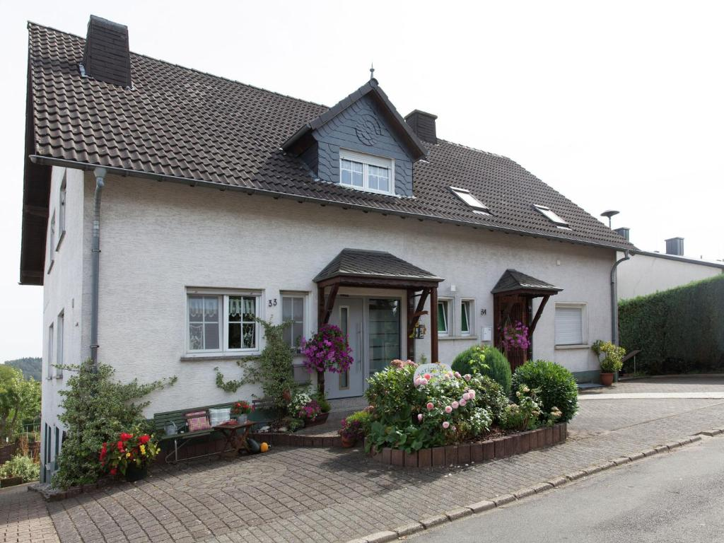 Apartment haus ludwine meerfeld germany for Apartment haus