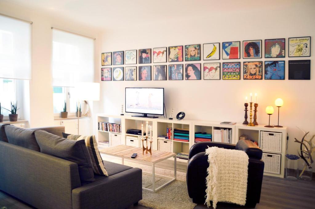 Aldi Kühlschrank Studio : Ferienwohnung studio broadway deutschland leipzig booking