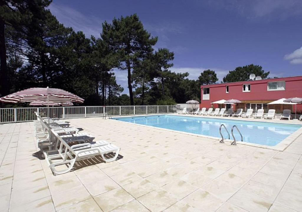 Appartement Terrasse et piscine, Carcans, France - Booking.com