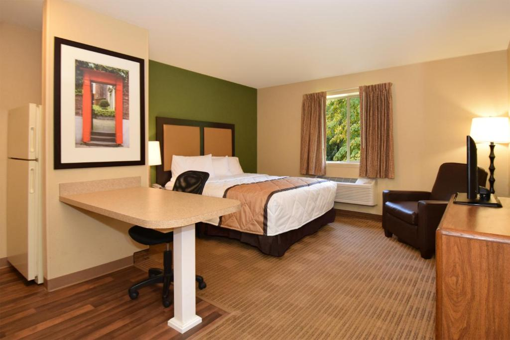 Gallery Image Of This Property 21 Photos Close Extended Stay America West Palm Beach