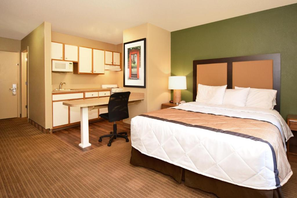21 Photos Close Extended Stay America West Palm Beach