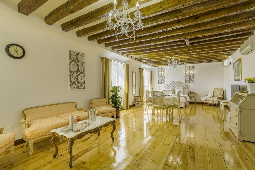 Apartments In Madrid City Centre