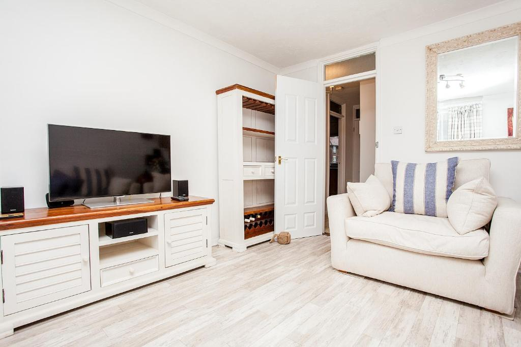 Stunning Spacious South London 1 Bed Apartment With Balcony London