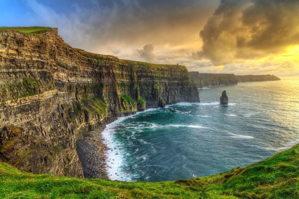 Resultado de imagen para cliffs of moher
