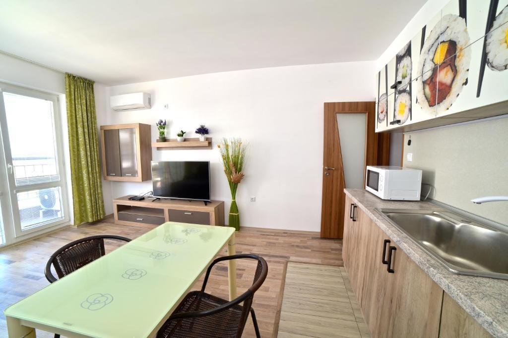Апартамент Royal Pomorie - Поморие