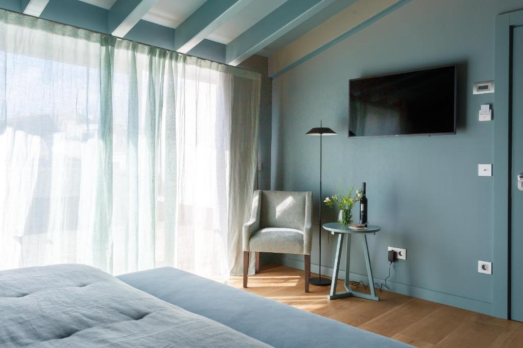 boutique hotels mahon  22