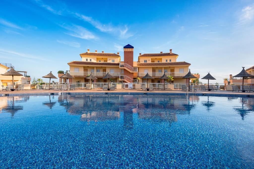 Malibu mansions condo 3 mijas costa spain for Malibu mansions for rent