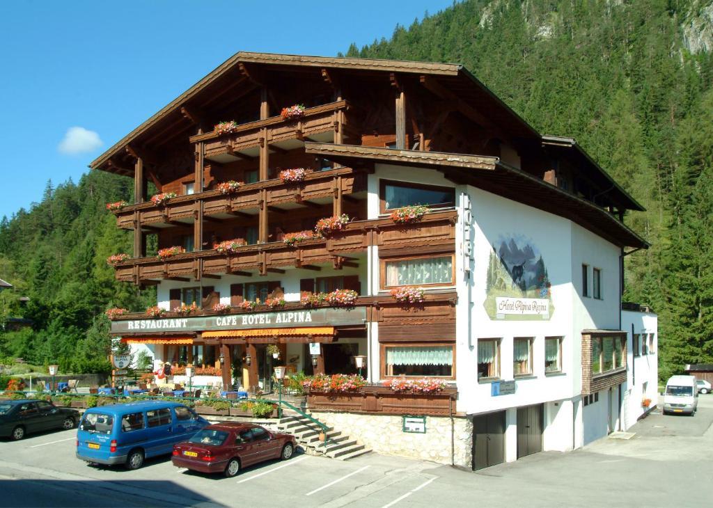 Hotel Alpina Regina Biberwier Austria Bookingcom - Alpina hotel