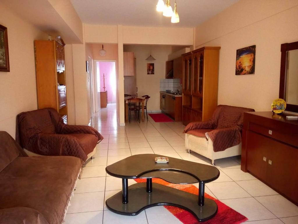 Сколько стоит жилье в Кавала