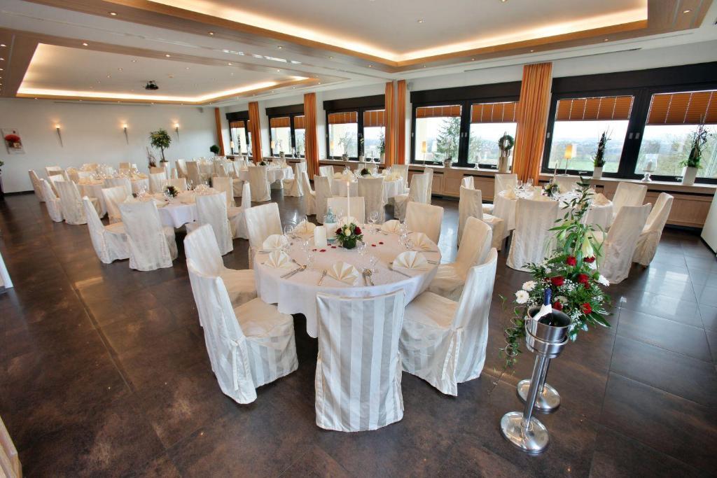 Hotel Hüllhorst hotel wiehen therme hüllhorst germany booking com