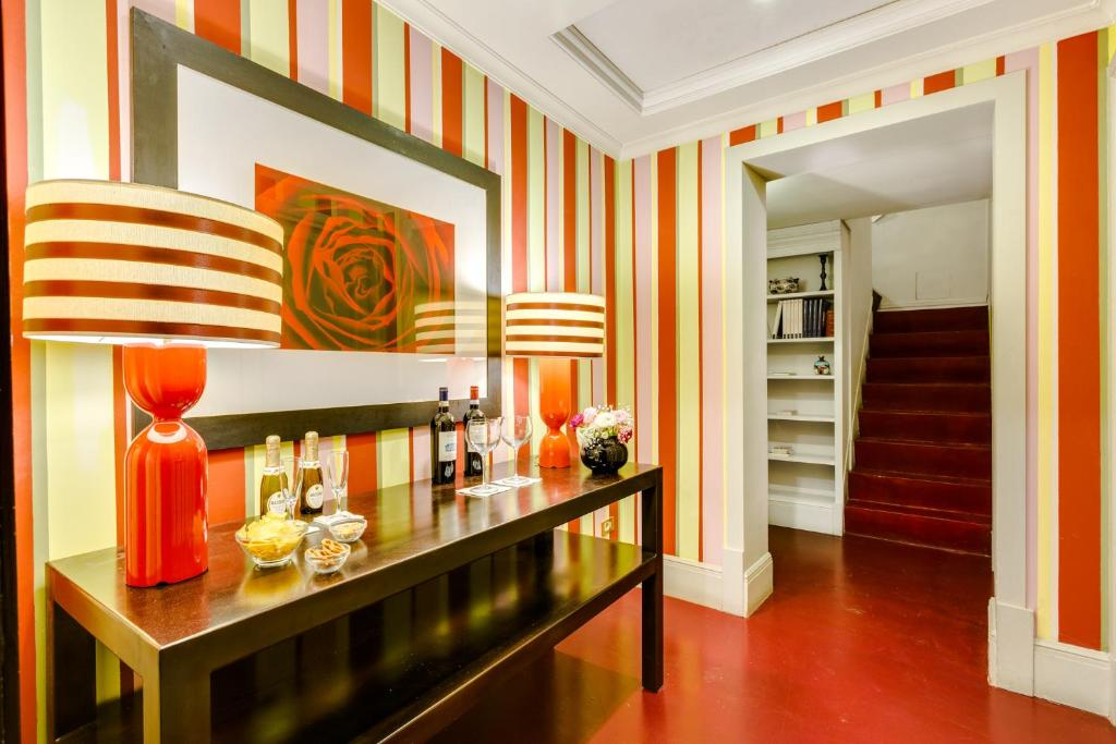 Casa heberart guest house sistina rome italy for Casa fabbrini guest mansion roma