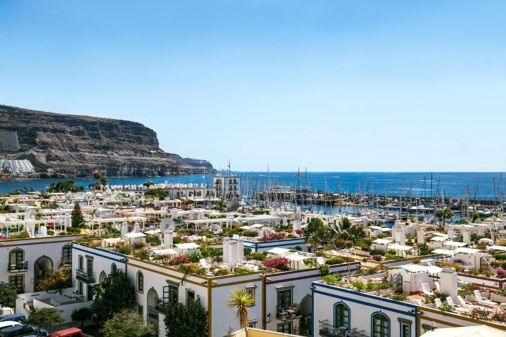 Apartments In Playa De Tasarte Gran Canaria