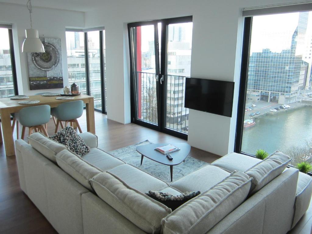 Red Apple Bedroom Furniture Red Apple Centre Luxury 2 Bedroom Apartment Nederland Rotterdam