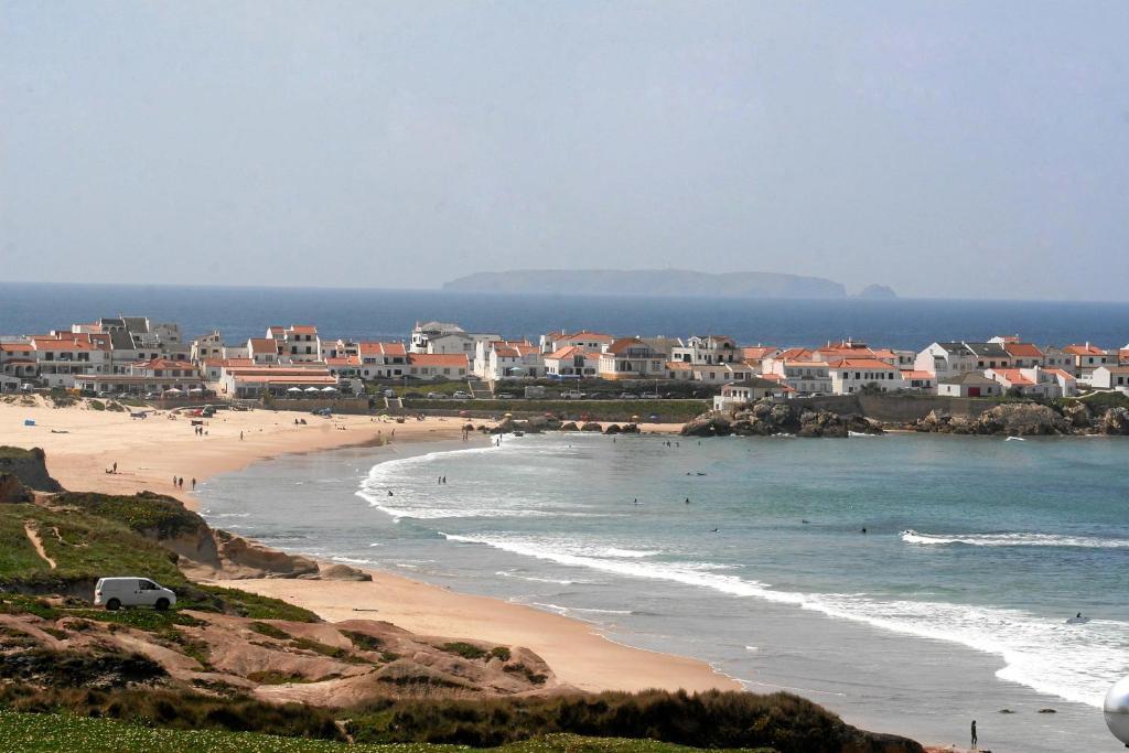 Guesthouse Baleal Surf Portugal Bookingcom - Portugal map baleal
