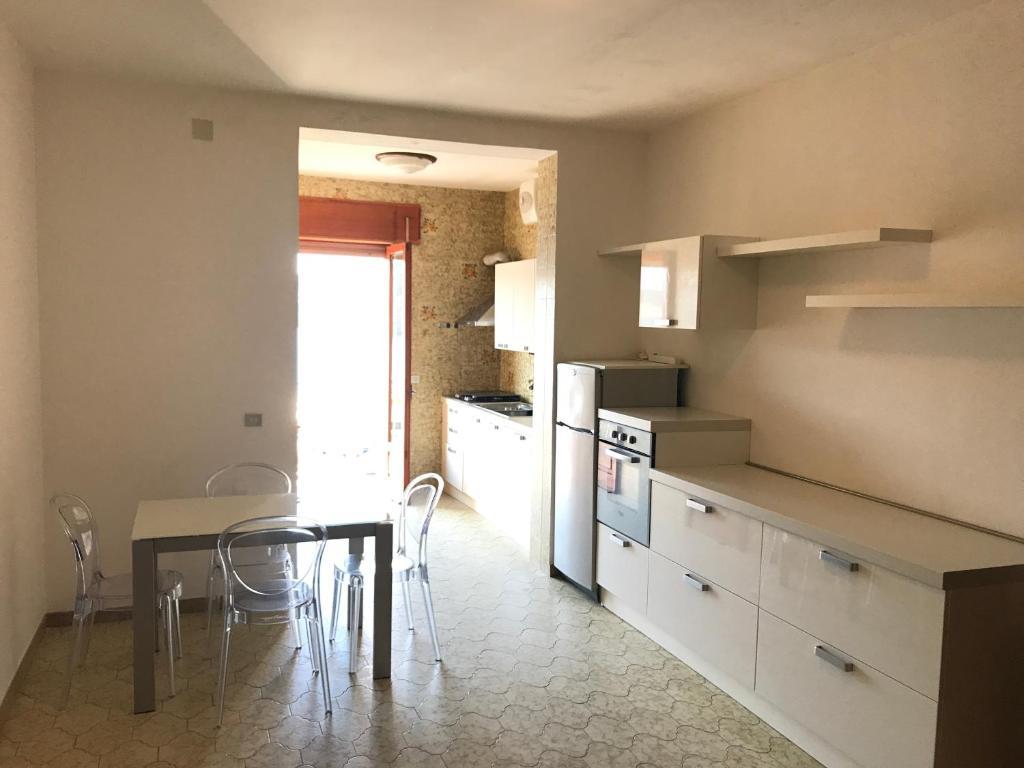 Appartamento porto di ponza immobilevante italia ponza for Appartamenti ponza