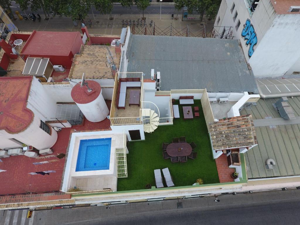 Gran casa con piscina sevilla precios actualizados 2018 - Casas con piscina en sevilla ...