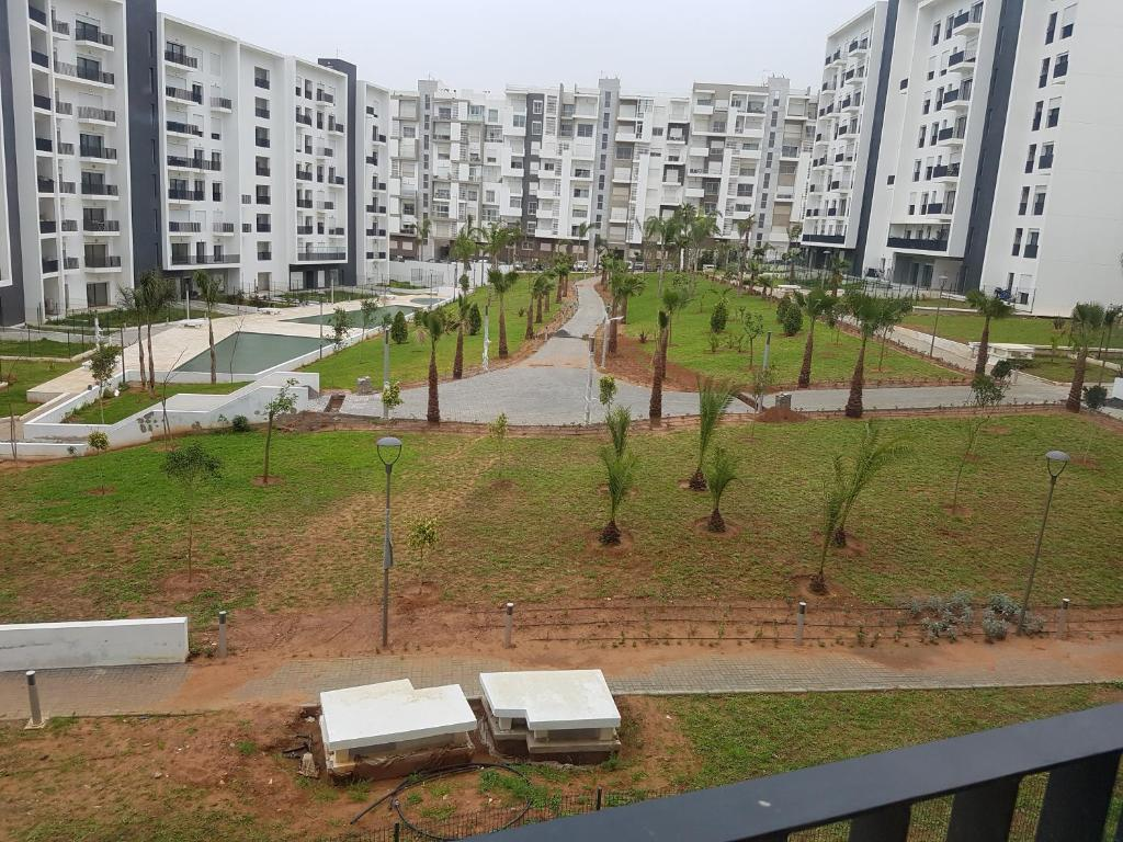 Appartement avec piscine hay riad rabat tarifs 2018 for Mobilia hay riad rabat