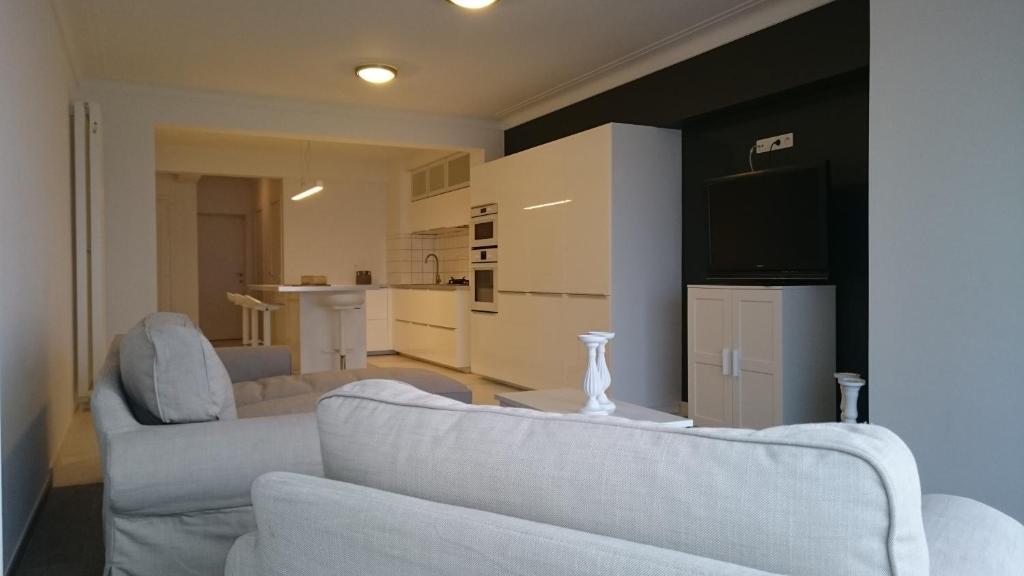 Een zitgedeelte bij lounge appartement zeedijk Oostende