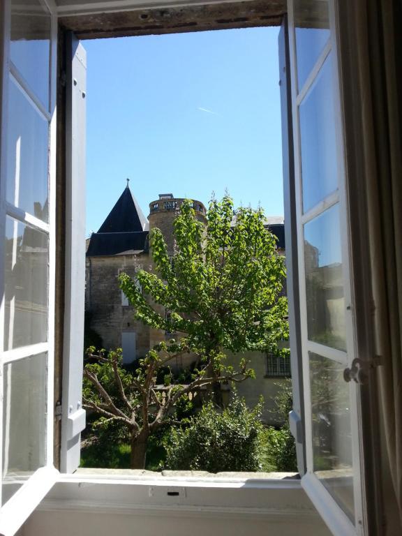 BB  Chambres DHtes Maison De Matre Bourgeoise France Castillon
