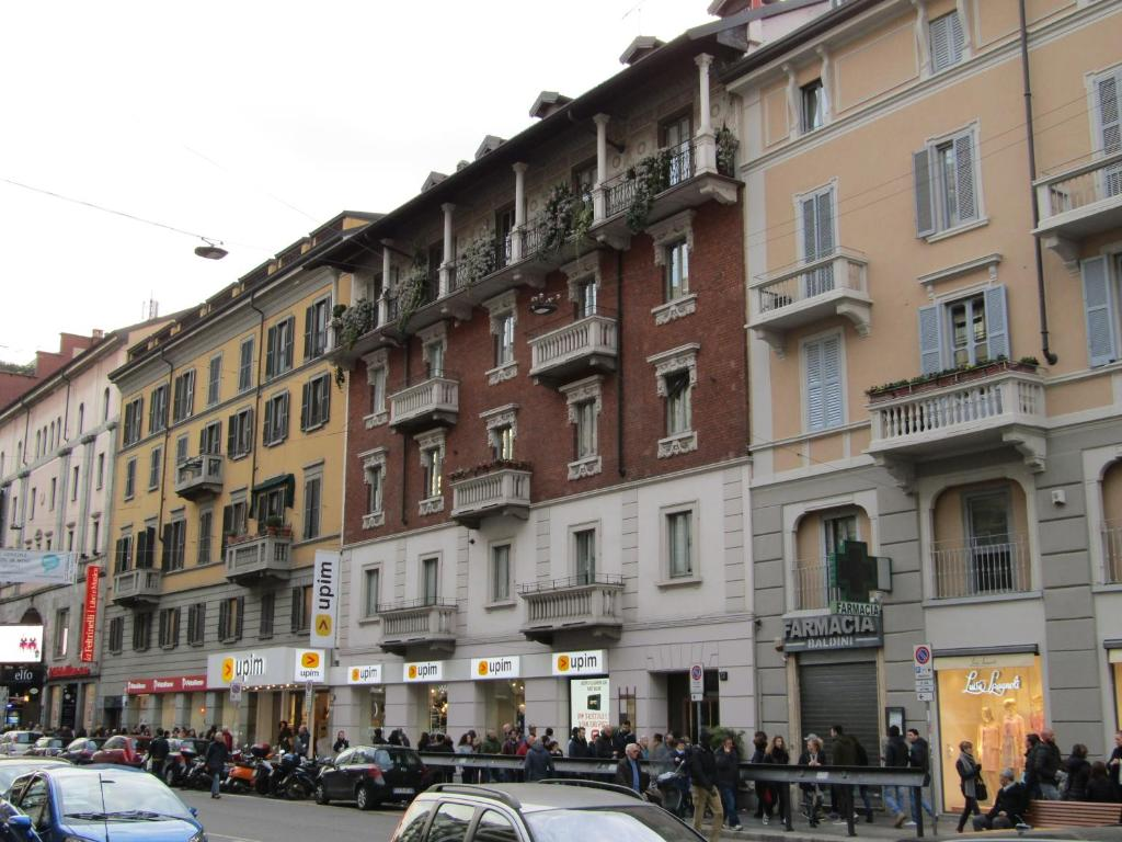 Milano suite corso buenos aires milan tarifs 2018 for Corso stilista milano