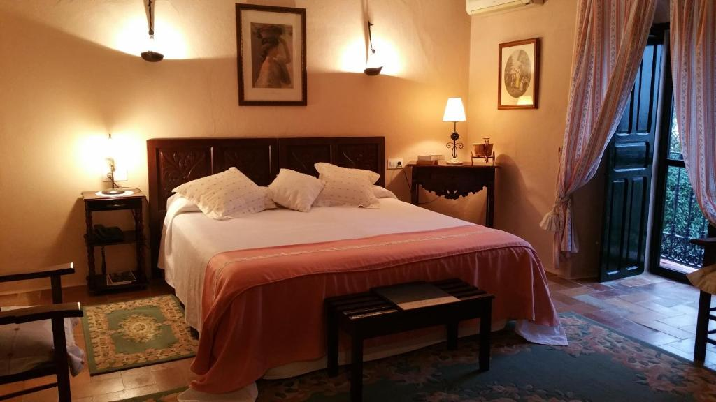 boutique hotels in arcos de la frontera  21