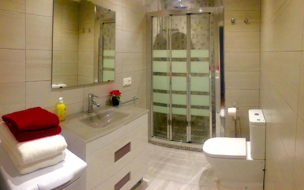 Apartamento Tierra Sonada Por Mi, Granada, Spain - Booking.com on bathroom tile designs product, bathtub tile designs, bathroom ideas, shower wall tile designs, bathroom floor tile, bathroom sinks, stand up shower tile designs, shower tile layout designs, master bathroom designs, tub tile designs, large tile shower designs, shower tile ideas designs, best walk-in shower designs, contemporary bathroom tile designs, rustic walk-in shower designs, walk-in tile shower designs, travertine tile shower designs, travertine tile bathroom designs, walk-in doorless shower designs, traditional bathroom designs,