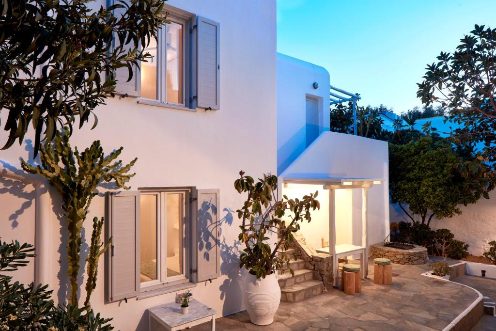 Condo Hotel Mykonos Town Suites Mykonos City Greece Booking Com