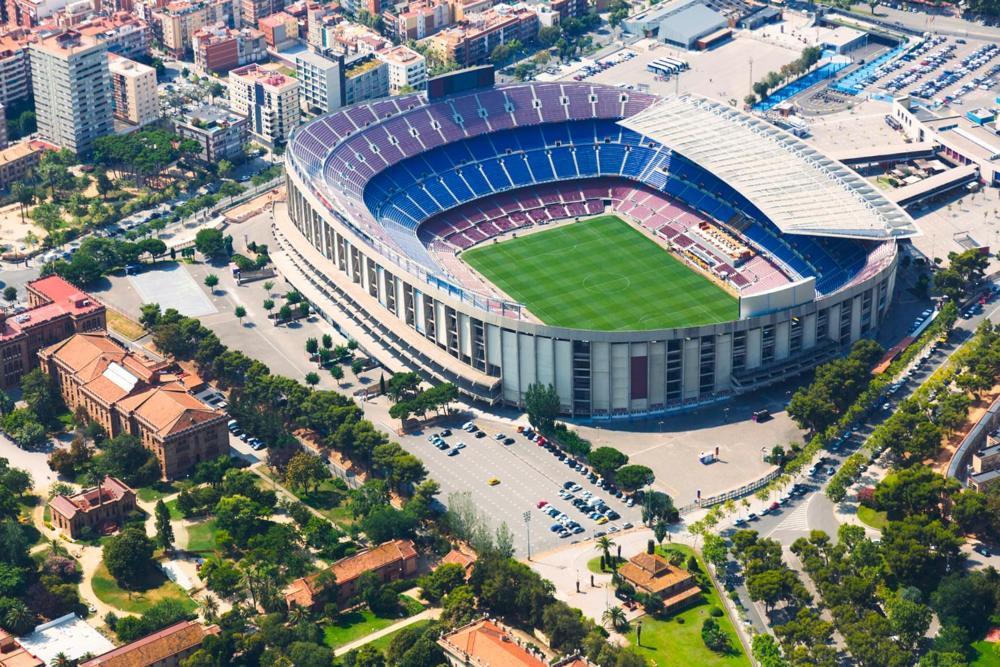 Grifols ofrecería 400 millones de euros para ponerle nombre al Camp Nou