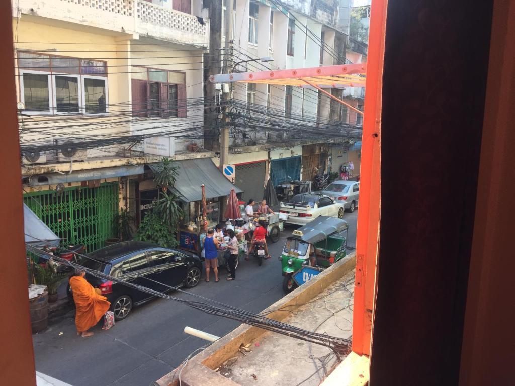Apartments In Pom Prap Bangkok Province