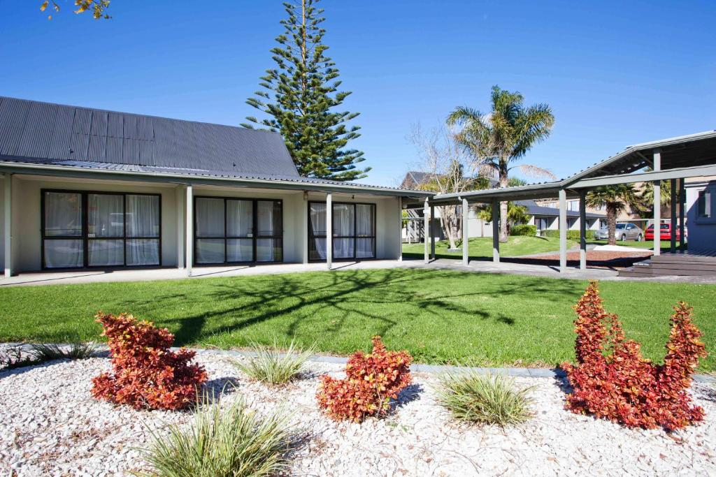 Auckland Airport Kiwi Motel Reserve now. Gallery image of this property ...