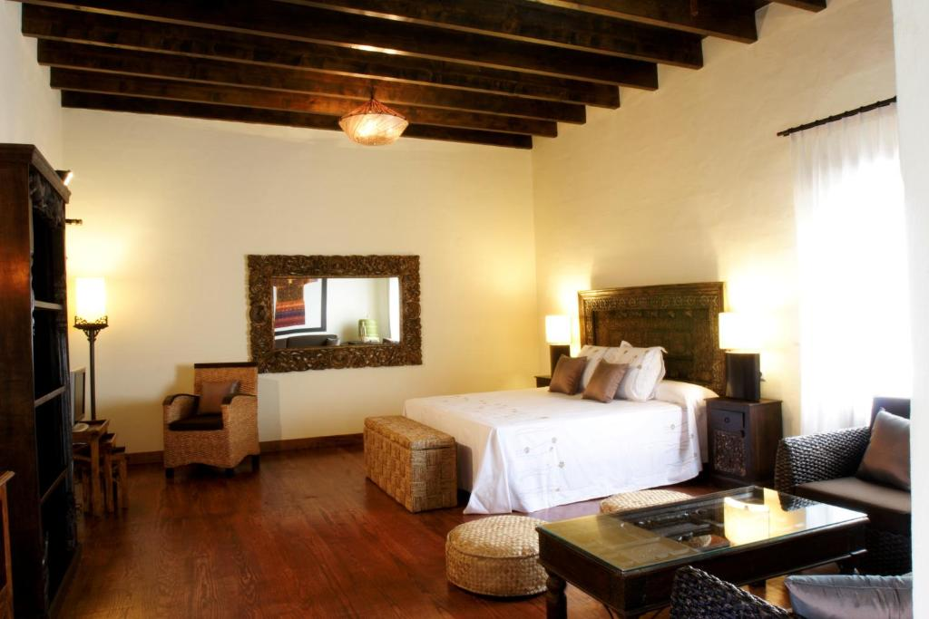 boutique hotels la oliva  12