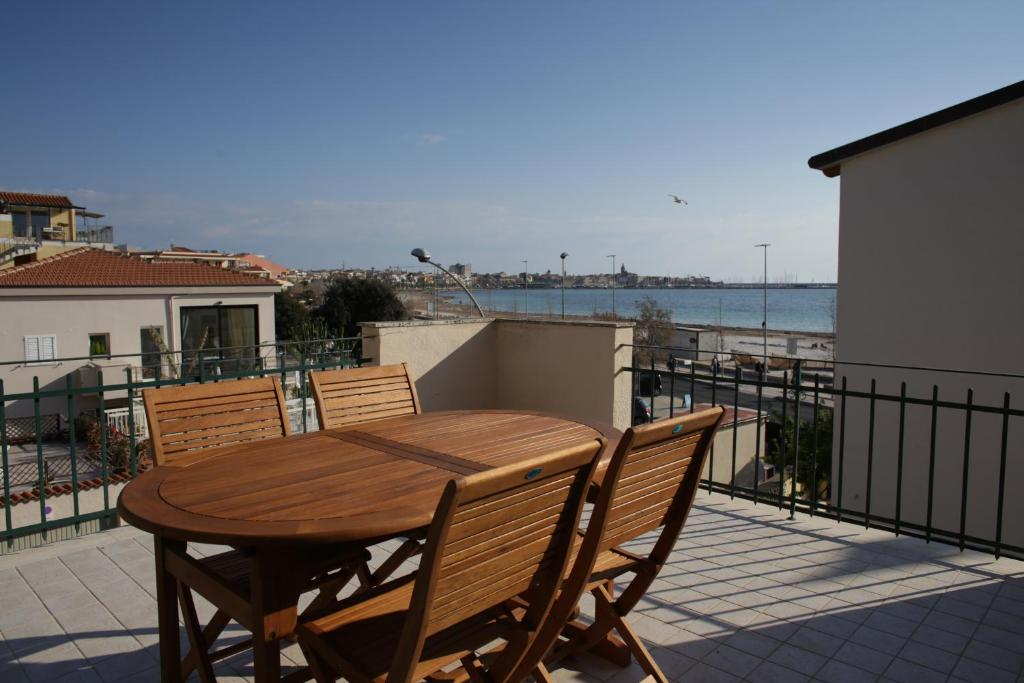 Apartment La terrazza di Marisal, Alghero, Italy - Booking.com