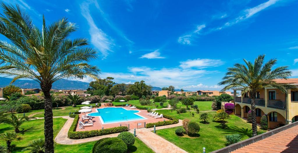 A view of the pool at Hotel Santa Gilla or nearby