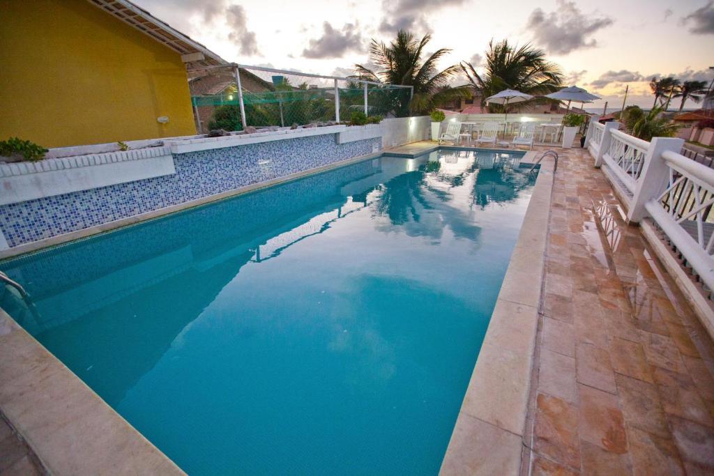 The swimming pool at or near Pousada Barra Bonita