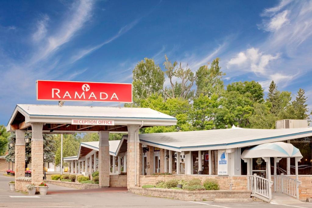 Ramada Provincial Inn Gananoque Canada