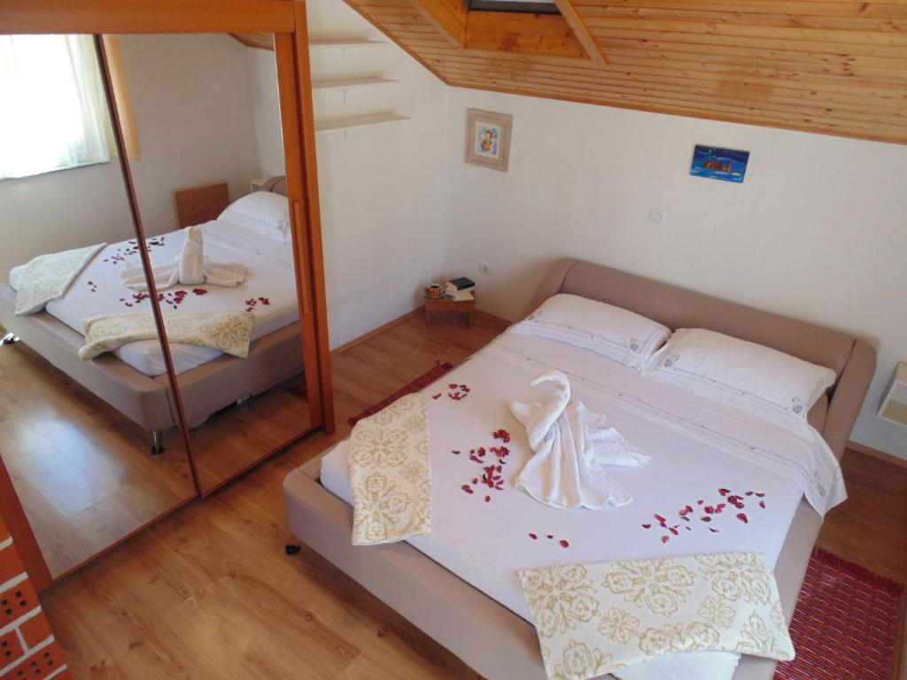apartments postira braa croatia booking com