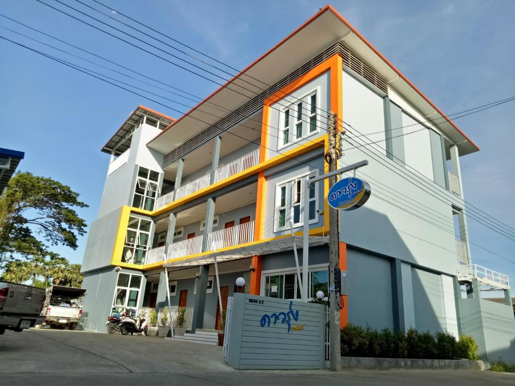 Apartments In Ban Bang Kaeo