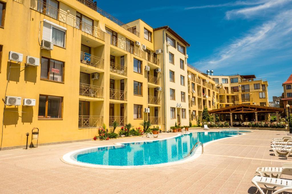 Апартамент Siana Individual Апартаментs - Свети Влас