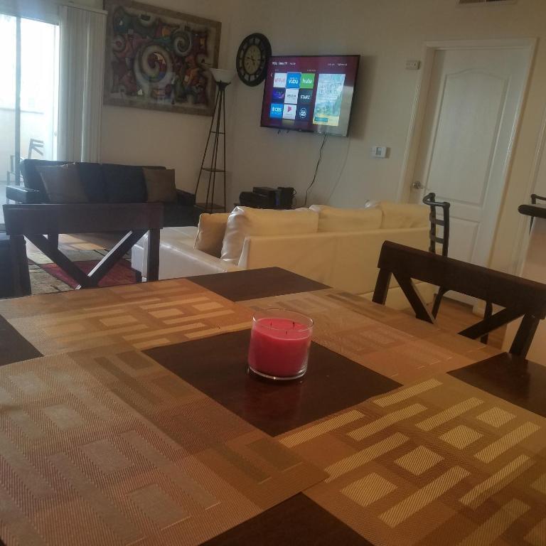 Apartment Two-Bedroom Suite In South Bixel Street, Los