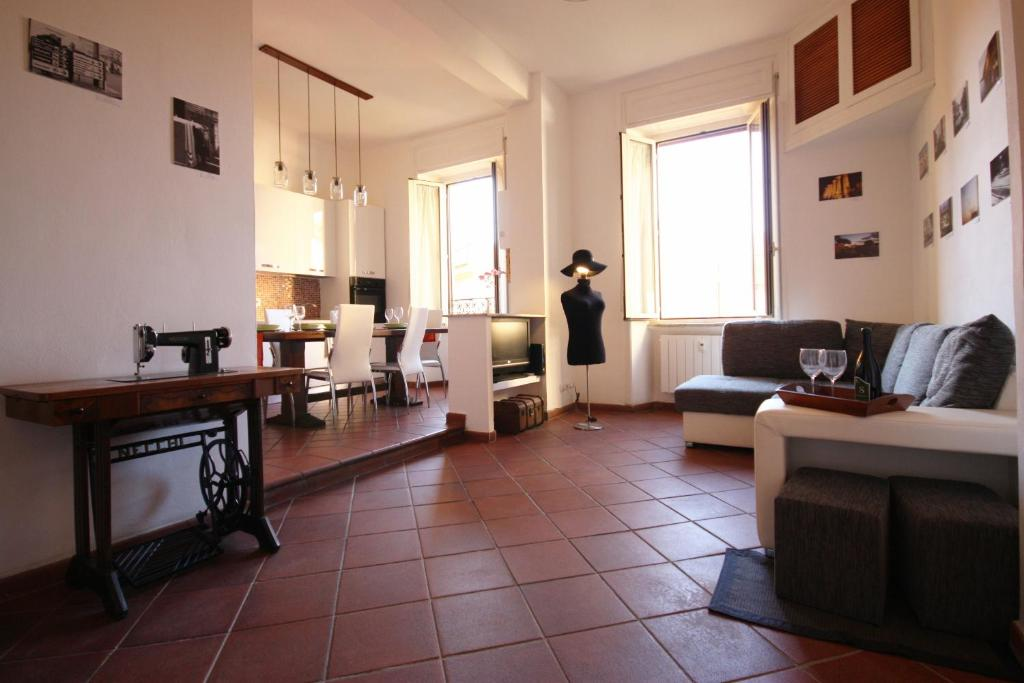 Appartamento Call Me Home (Italia Roma) - Booking.com