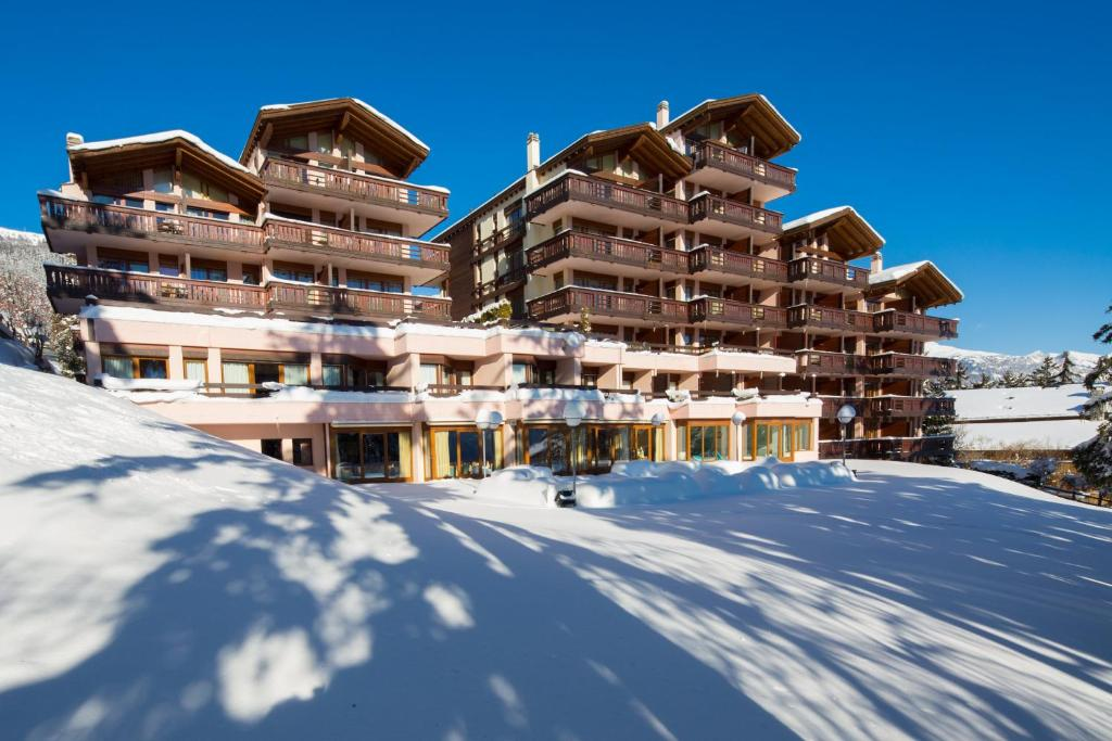 Hotel Helvetia Intergolf Crans Montana Switzerland Booking Com