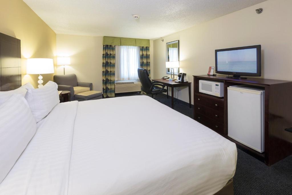 Holiday InnSaint Joseph MI Bookingcom - St joe post booking activity